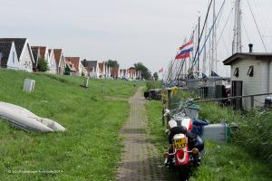 DNL-dijken-van-nederland----waterlandse-zeedijk-bij-durgerdam